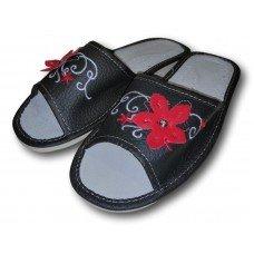 Комнатные женские кожаные тапочки Polmar P151