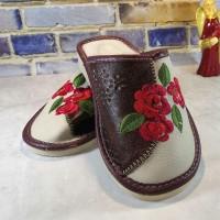 Комнатные женские кожаные тапочки Polmar P227br