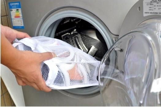 Что нужно, чтобы постирать тапки в машинке