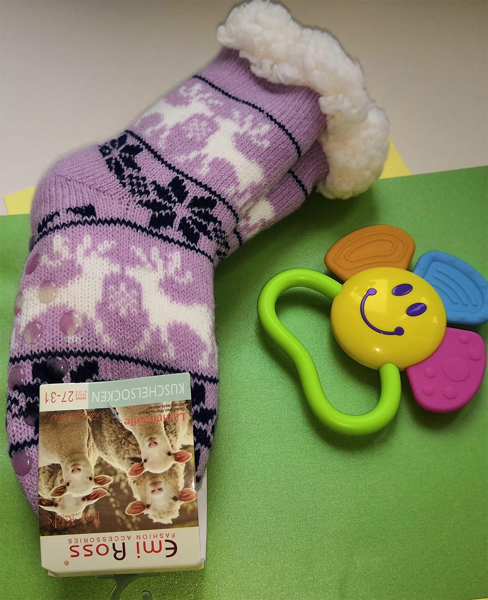 Детские носки-тапочки Emi Ross EJ-6209-p розового цвета. 32-35 размера